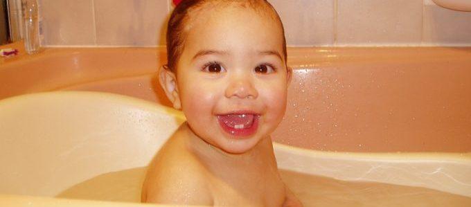 toddler-454641_1280